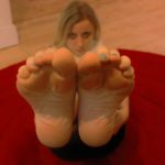 13 new HD foot fetish photos of a fresh perfect pedicure